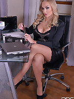 Hot CEO and Her SeXXXretary - Lesbian Office Affair free photos and videos on DDFNetwork.com