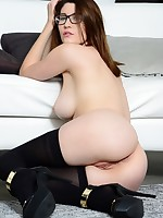 Official Site of Amber Hahn - Big Busted and Dirty Talking Babe